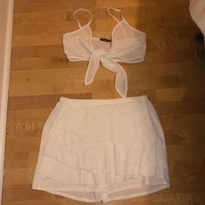 White flowy set